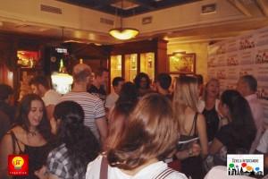 2015-09-24 Intercambio 04 Amigos en el bar