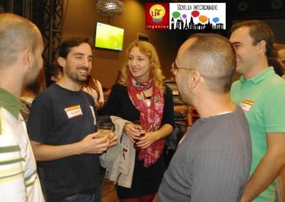 2015-10-29 Intercambio 06 Charlando