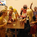 2015-10-29 Intercambio 08 Charlando en la mesa