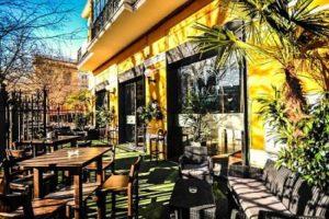 Bambola Cafe Teatro