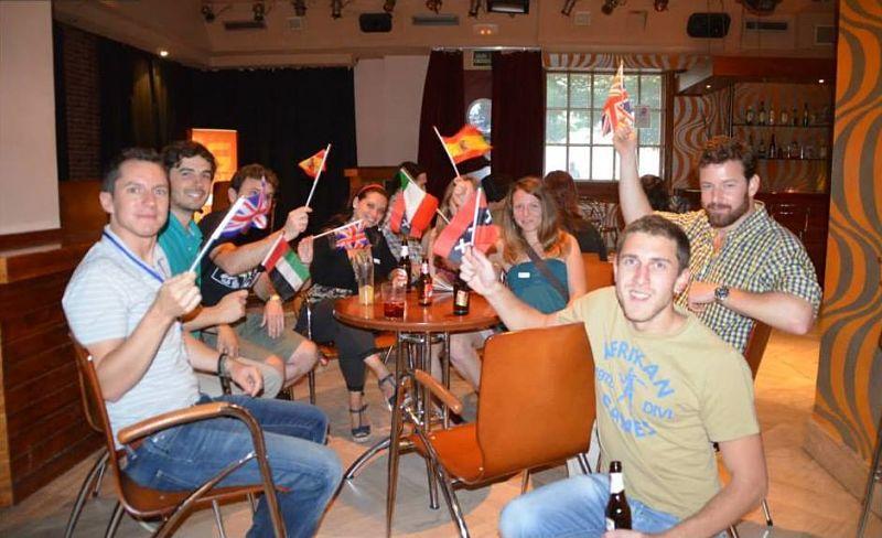 Intercambio de Idiomas en Sevilla con Paco Gutiérrez en Calle Jiménez Aranda