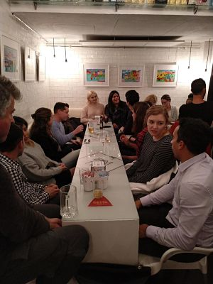 Intercambio de Idiomas en White Bar para hablar Inglés, Español, Francés, Alemán, Italiano, Árabe