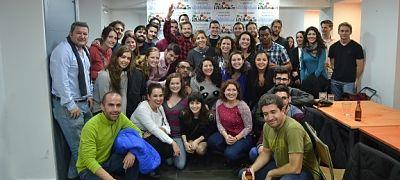 Sevilla Intercambio: Intercambio de Idiomas en Sevilla - Amigos reunidos de diferentes países