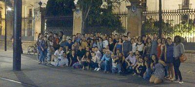 Sevilla Intercambio - Intercambio de Idiomas en Sevilla - Lunes de Pescaíto (Inauguración de la Feria)