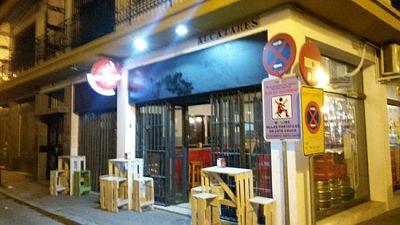 Intercambio de Idiomas en Taberna La Bañera