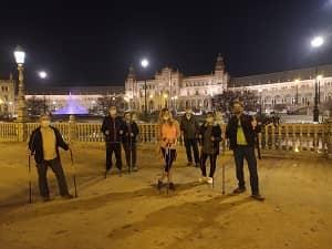 Marcha Nórdica por Sevilla en el Parque de María Luisa