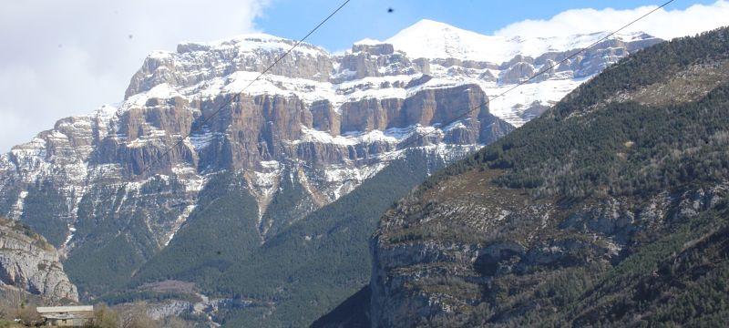 Multiaventura 190714 Pirineos, Ordesa, Circo glaciar de Gavarnie y Roncesvalles