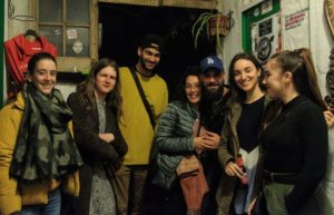 pub crawl seville bars drinks meetup